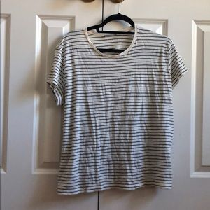 Vince striped black and white tee